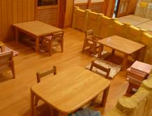 施設紹介 ひよこ組 給食、おやつを食べる場所